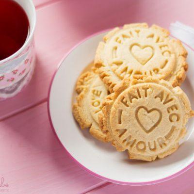 Hacer galletas con niños: Galletas de mantequilla y almendra.