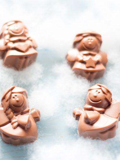 bombones-rellenos-de-caramelo-salado-con-silikomart