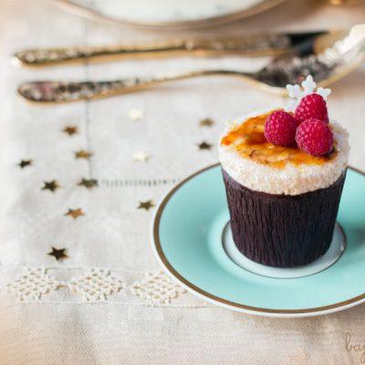 Soufflé Frío de Turrón en vasitos de Chocolate